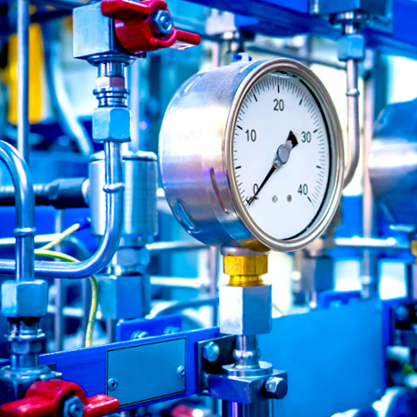 Pressure gauge for chemical manufacturing